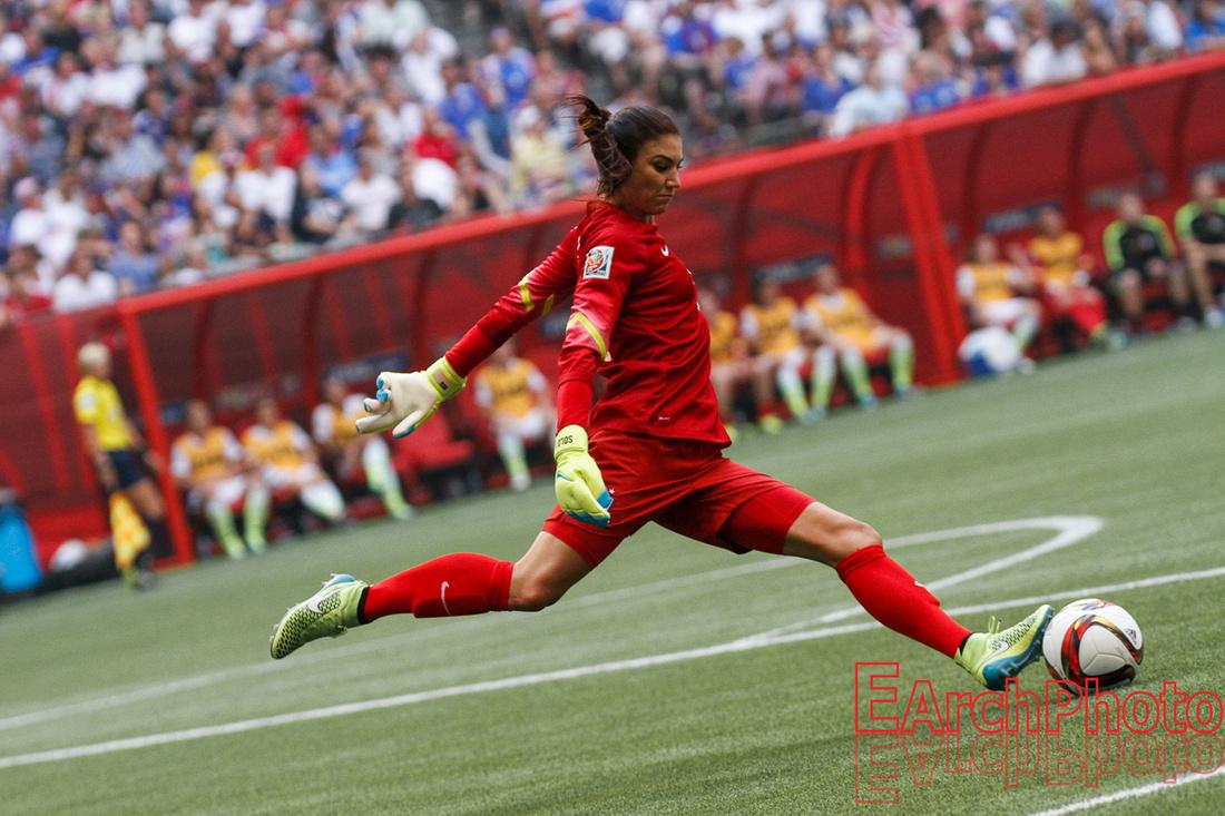 Earchphoto-2015-Women-World-Cup-Final-warmup-match-Hope-Solo-web-LOGO-215